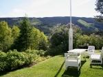The garden of Furulund Pensjonat